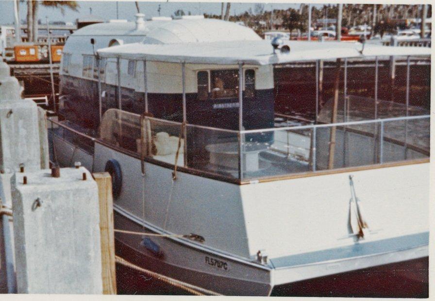 0103-30ftastream-catamaran.jpg